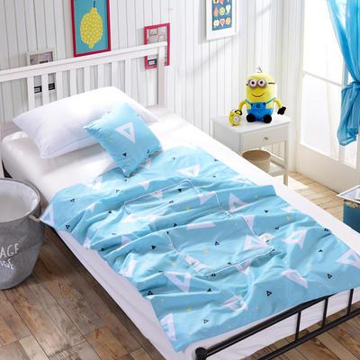 全棉印花抱枕被新增花型系列 小号(40*40展开105*150) 三角形(浅蓝)