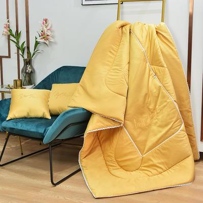 2021新款-轻奢刺绣花边款抱枕被 外围50展开150*190有绗缝 黄色