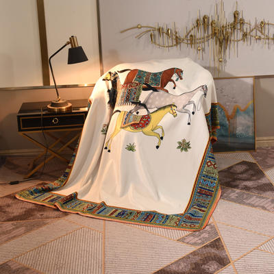 2020新款锦狐绒奢华毯 150cmx150cm毯子 苏绣马白