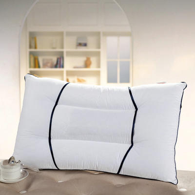 枕芯 蓝边菱形保健枕头单人枕芯 蓝边菱形枕