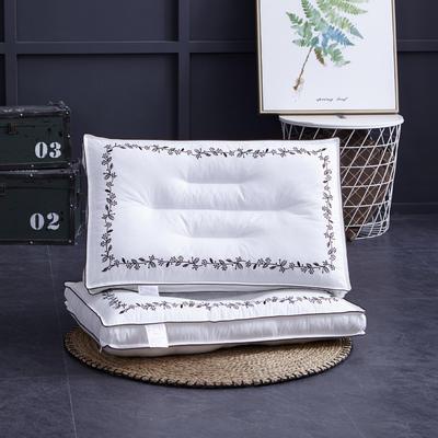新款枕芯全棉枕头定型舒适枕头枕芯羽丝绒单人枕 `幸运草