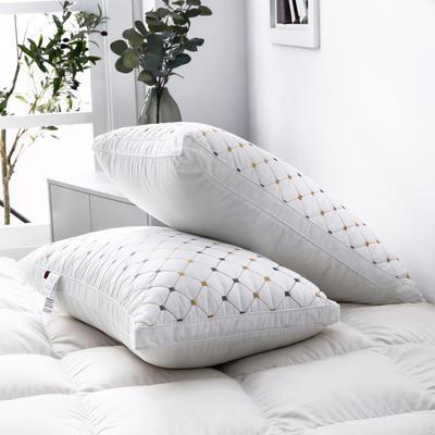 2019新款枕芯 全棉立体绗绣小方格枕头 白色48*74cm