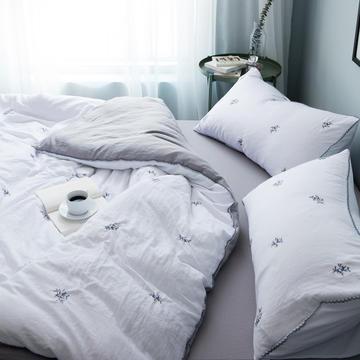 化纤水洗棉刺绣四件套