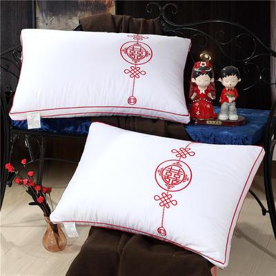 婚庆枕(48*74) 绣花中国结枕
