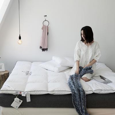 2018新款云上系列羽绒床垫 150*200cm 白