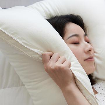2019新款牛奶美肤枕