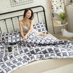 风尚全棉冬被模特图 150x200cm 花心相印白