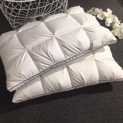 中式面包羽绒枕 中式面包羽绒枕