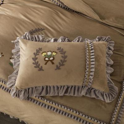 2019新款羊棉绒甜蜜节日单品枕套 48cmX74cm/对 驼色
