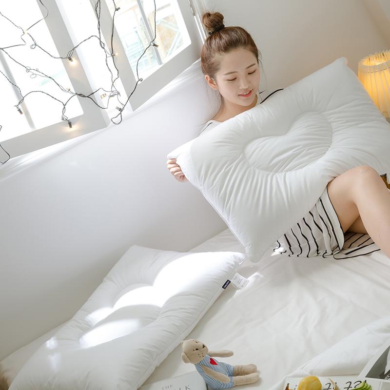 2019新款爱心纤维枕(48x74)