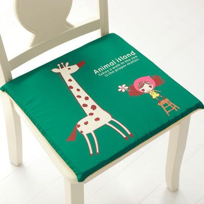 印花磨毛坐垫 40*40cm记忆棉芯 长颈鹿女孩