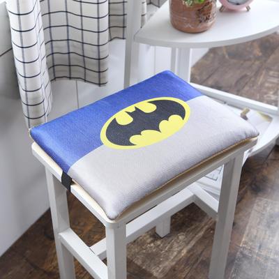 2018冰丝卡通小坐垫 冰丝搭扣款35*24cm 蝙蝠侠