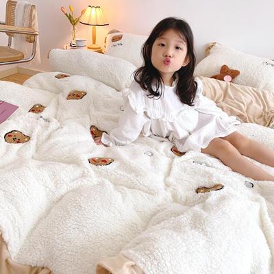 2020新款羊羔绒毛巾绣四件套 1.2m床单款三件套 顽皮小熊