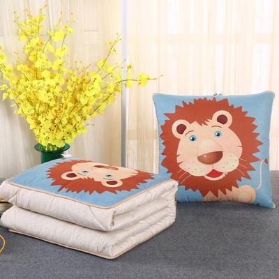 2018新款亚麻风格卡通磨毛绗缝抱枕被 40X40cm 狮子
