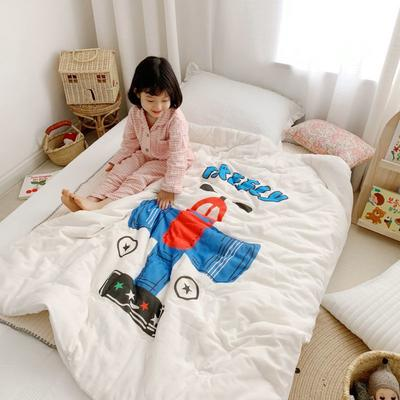 2019新款新品幼兒園兒童高密紗大版卡通有機棉花被 120x150cm/2斤 自由飛翔