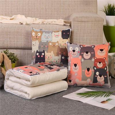 2019新款双面印花抱枕被 办公室靠垫被两用 40*40展开107*150 许多猫和许多熊