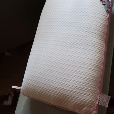 可水洗热熔枕 一体棉 立体针织粉边