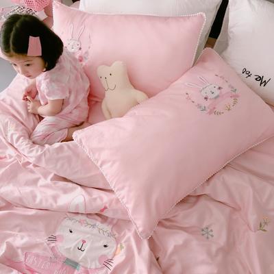 2018新款60贡缎长绒棉兔子酱模特图 1.5m(5英尺)床 抱枕45*45(不含芯)/个