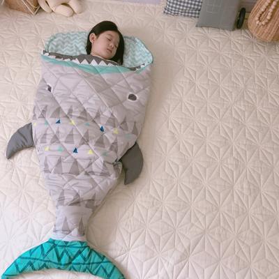 2019新款造型睡袋模特图(70*150) 鲨鱼