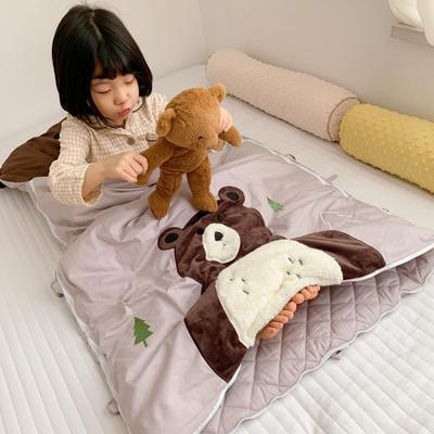 2019新款四季款睡袋模特图(70*135) 大棕熊