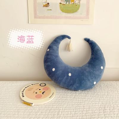 2019新款月亮抱枕 28*28cm 海蓝
