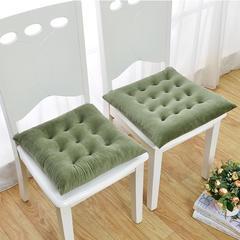 慕蓝家纺   2018新品超柔水晶绒坐垫 40尺寸9针 军绿