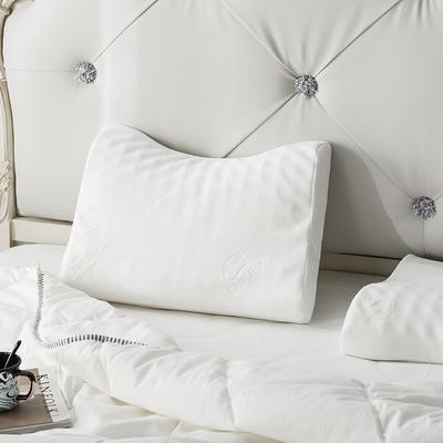 泰国乳胶枕含量95%弧形按摩枕 弧形按摩枕