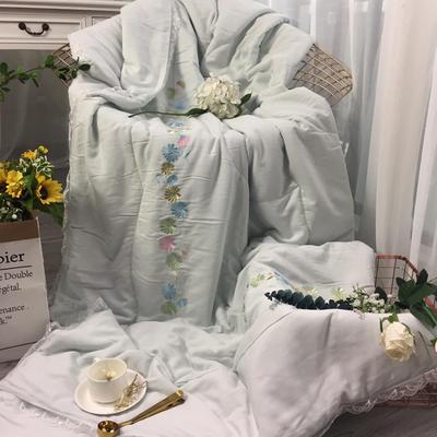 2018新款莫代尔棉麻绣花被 200X230cm 小雏菊(2)