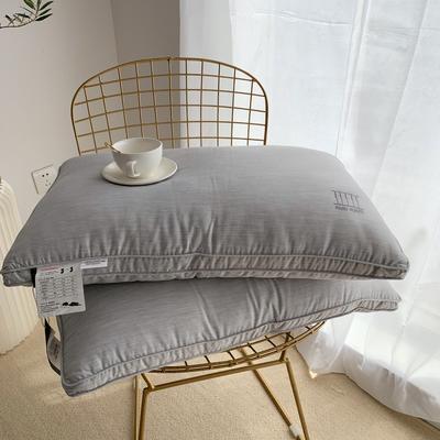 2019新款西雅图竹炭枕--实拍 西雅图竹炭枕47*74