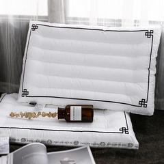 她喜爱 纤维枕-斐仆·莱 48*74cm 白色/只