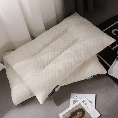 2019新款針織乳膠顆粒枕 48*74cm 白色/只