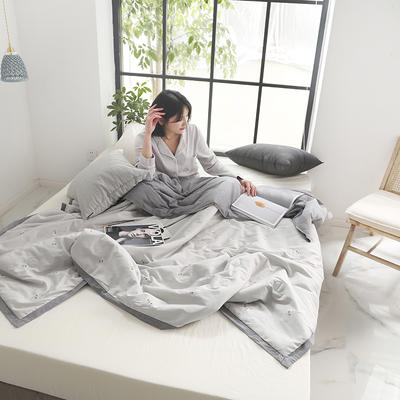 2019新款水洗棉印花夏被 200X230cm 木槿花