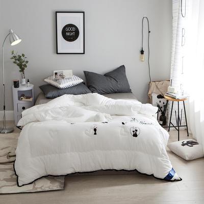 孚缦被业-2018新款水洗棉刺绣工艺纤维冬被 200X230cm 摩登猫女郎白色