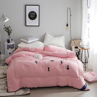 孚缦被业-2018新款水洗棉刺绣工艺纤维冬被 200X230cm 摩登猫女郎粉色