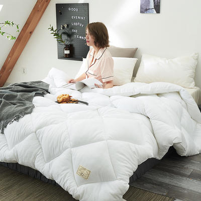 2018去年产品水洗棉冬被托斯卡纳 150x200cm(4斤) 白色