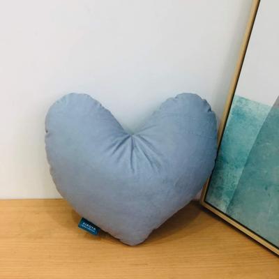 新款数码印花立体款卡通抱枕动植物飞机玩具小汽车儿童可爱小礼物 35x50cm(按实物为准) 爱心