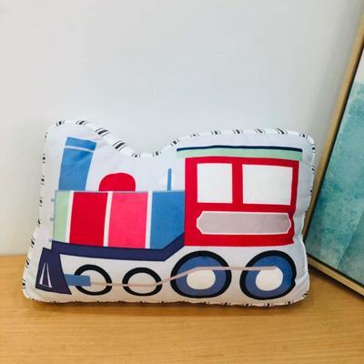 新款数码印花立体款卡通抱枕动植物飞机玩具小汽车儿童可爱小礼物 35x50cm(按实物为准) 火车头