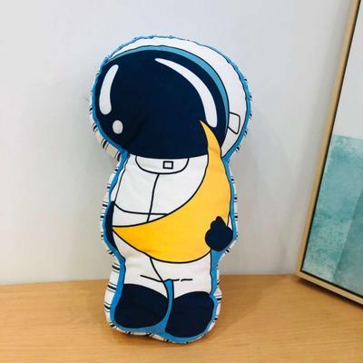 新款数码印花立体款卡通抱枕动植物飞机玩具小汽车儿童可爱小礼物 35x50cm(按实物为准) 宇航员
