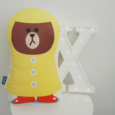 2020新款卡通抱枕 平均尺寸35×50cm 雨衣熊