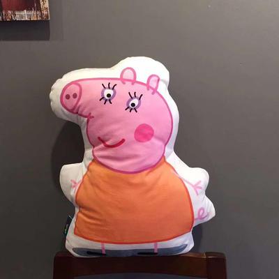 2020新款卡通抱枕 平均尺寸35×50cm 猪妈妈
