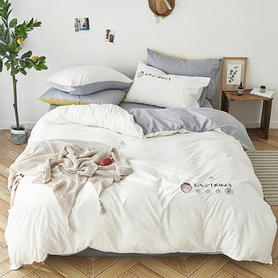 2019新品纯色全棉水洗棉绣花简约少女心床上用品刺绣四件套 1.2m(4英尺)床单款三件套 草莓甜心-白