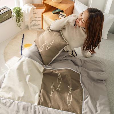柠栀家纺 高克重数码印花抱枕被 40X40cm(打开110x140cm) 抱枕被-条纹鱼