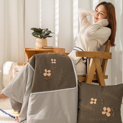 柠栀家纺 高克重数码印花抱枕被 40X40cm(打开110x140cm) 抱枕被-小花