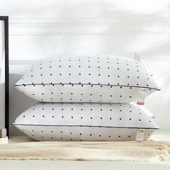 兴丝露枕芯 特价舒适枕 枕头学生枕 磨毛枕芯 网销赠品 中枕爱心