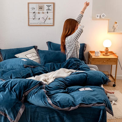 2019新款简约拼色水晶绒保暖四件套 1.2m(4英尺)床(床单款) 藏青