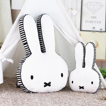 2018新款-异形毛绒卡通兔子抱枕靠垫 拍照道具