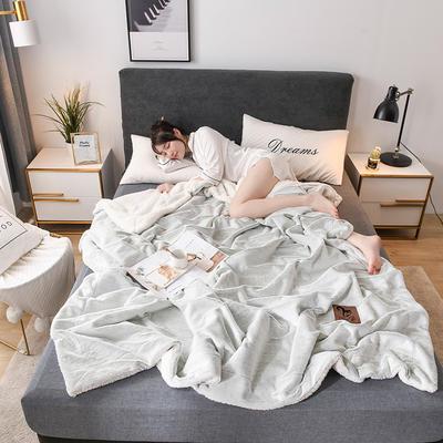2019新款玉狐绒毛毯 110*140cm 绿底白