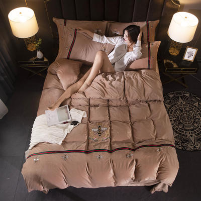 2019新款保暖水晶绒毛巾绣小蜜蜂系列四件套 1.8m-2.0m床单款四件套 小蜜蜂驼色