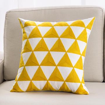 2018新款链条绣黄色系列抱枕