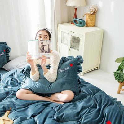 2019新款-水晶绒荷叶边绣花绒类四件套模特图 床单款1.8m(6英尺)床 荷叶边-烟蓝